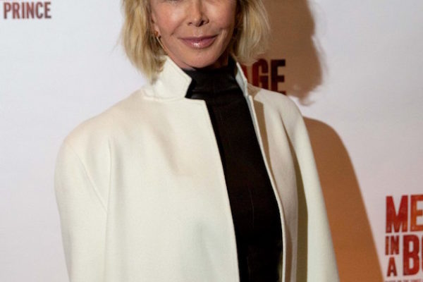 Messgae In A Bottle Press Night Red Carpet - Trudie Styler @pasco.photography