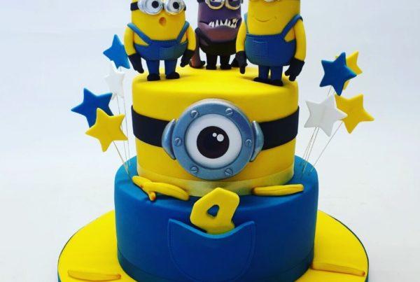Minions-birthday-cake-by-Cakeology