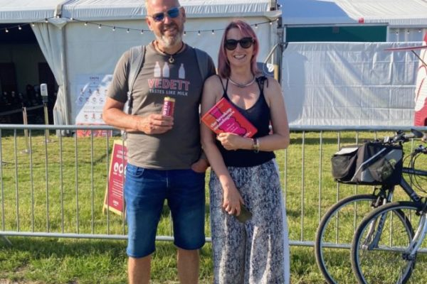 andrew-morton-and-wife-at-wimbledon-bookfest-break-up-monologues