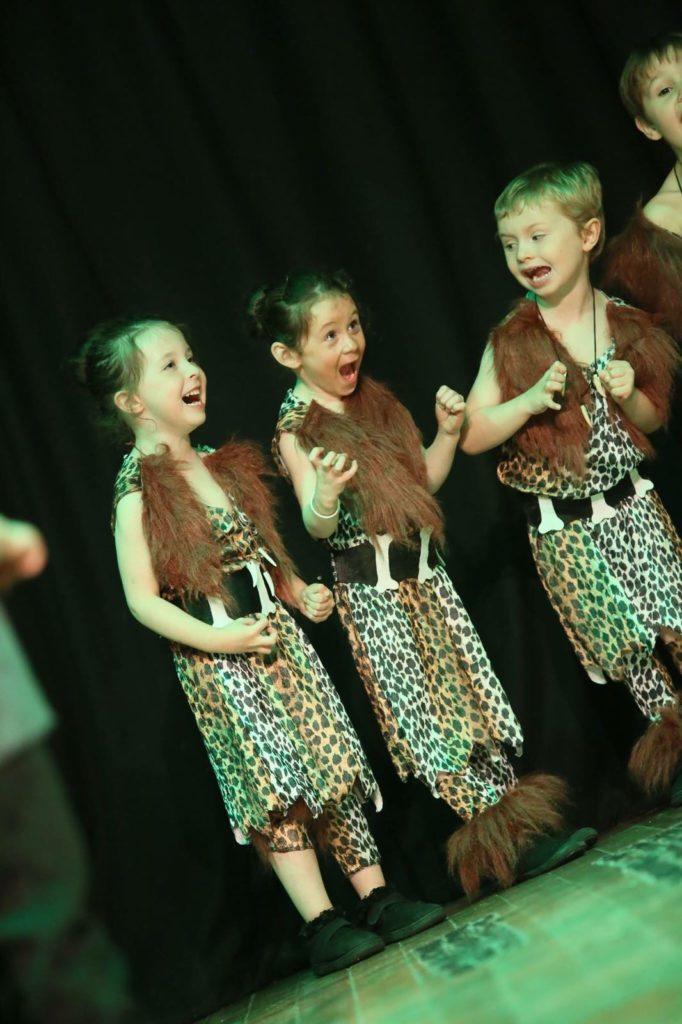 stage performing kids