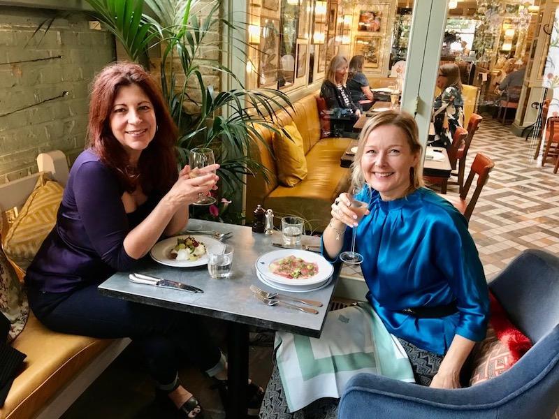 Darling-editors-at-the-Ivy-Cafe-Wimbledon-Village