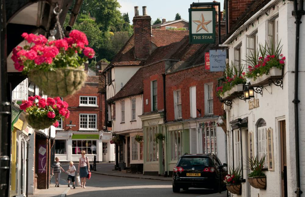 Staycation in Surrey – Darling's Top Picks with Hannah McGreevy