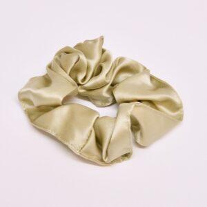 Joanies-mulberry-silk-scrunchie-at-darling-magazine